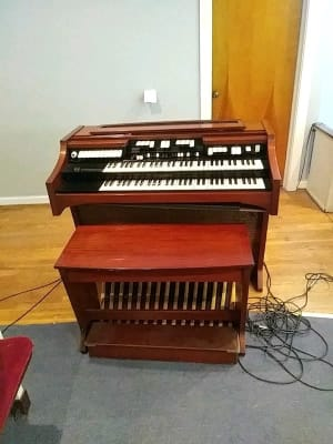 hammond organ for sale only 3 left at 75. Black Bedroom Furniture Sets. Home Design Ideas