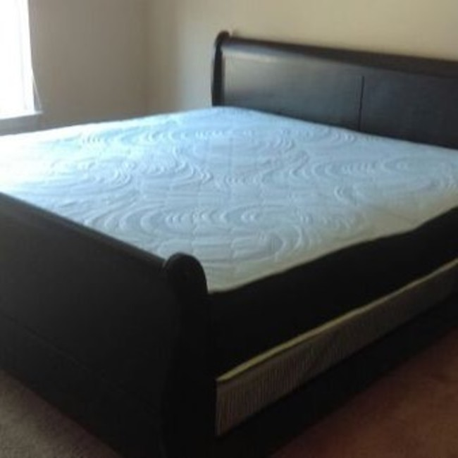 BRAND NEW KING SIZE BED FRAME & MATTRESS SET DELIVERY