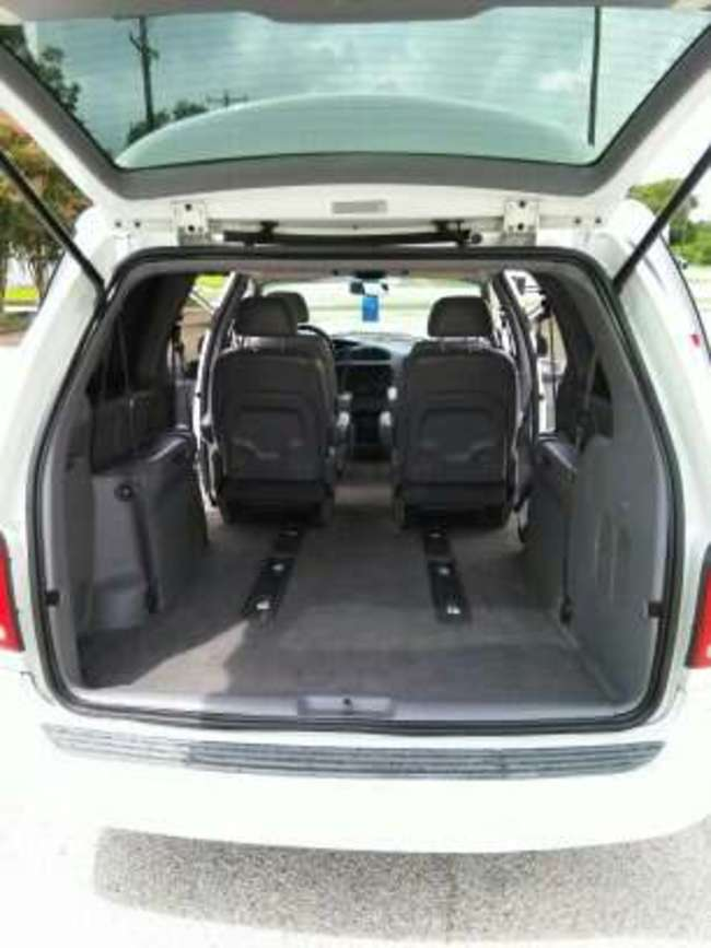 2000 Dodge Caravan Sport for sale in San Antonio, TX - 5miles: Buy and Sell